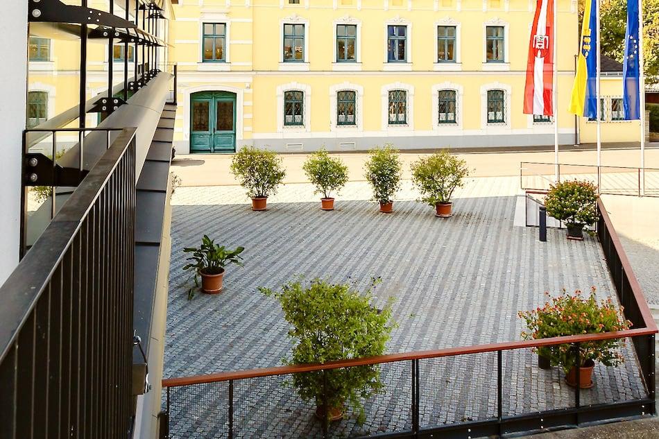 Y_Stadthalle_cHammerschmied_Stadtterrasse-4